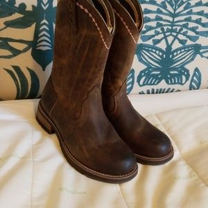 Cute Ariat boots